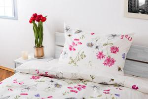 bettw sche blumenwiese nach ma. Black Bedroom Furniture Sets. Home Design Ideas