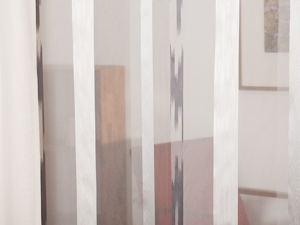 gardine sherly l ngsstreif mit bleiband. Black Bedroom Furniture Sets. Home Design Ideas