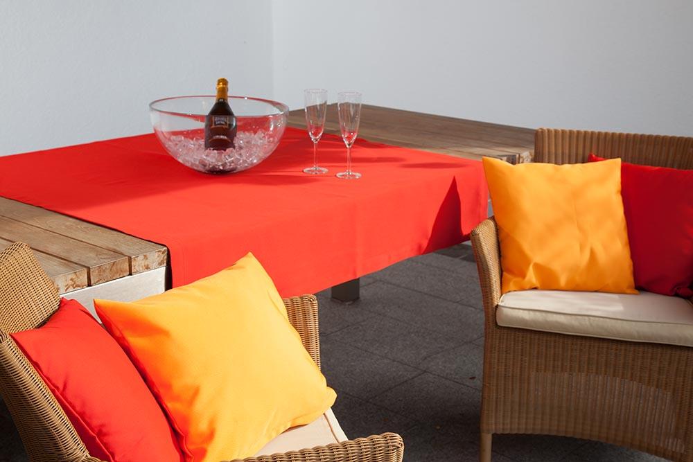 outdoor tischdecke nach ma. Black Bedroom Furniture Sets. Home Design Ideas