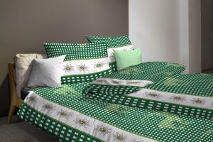 bettdeckenbezug carola alpenwelt. Black Bedroom Furniture Sets. Home Design Ideas