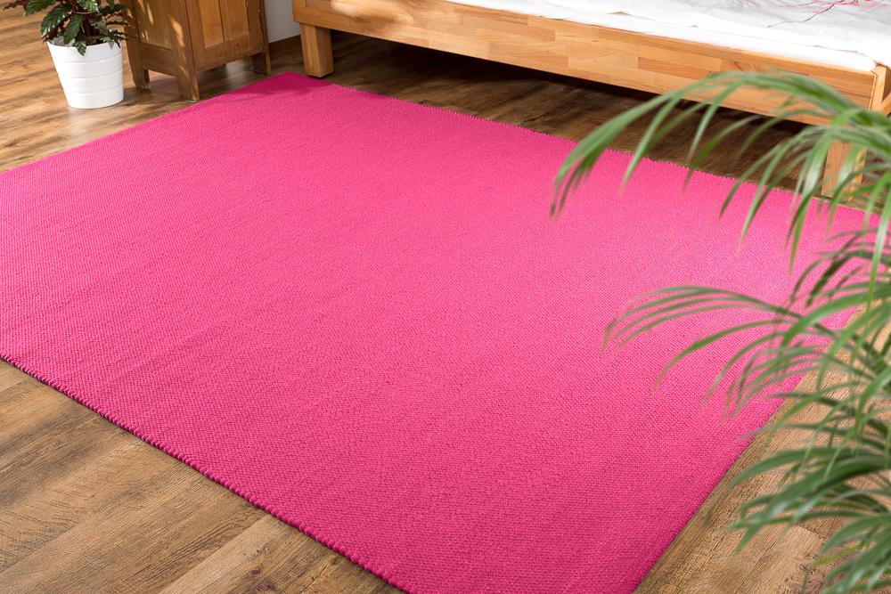 einf rbige rosa oder violette teppiche. Black Bedroom Furniture Sets. Home Design Ideas